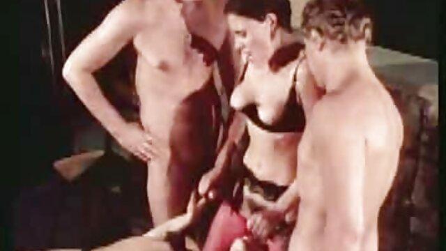 Ducha videos xxx con viejitas Martine
