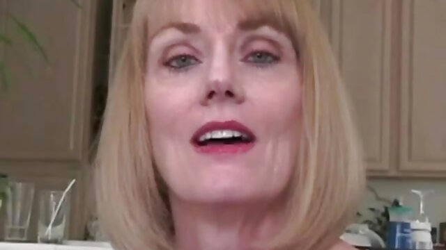christina quiere anal follando a viejitas
