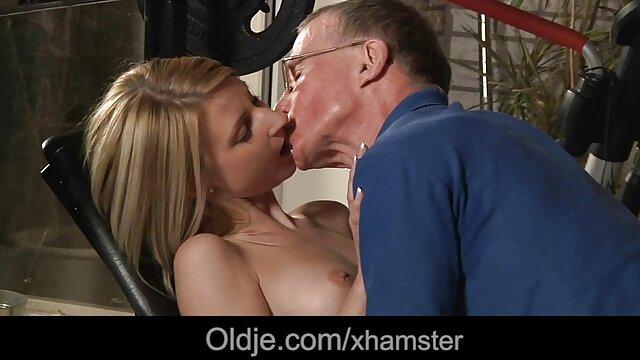Milf pelirroja es videos gratis de viejitas teniendo sexo una maquina de golpes