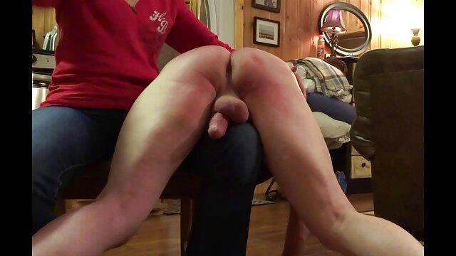 Lindo adolescente aficionado jugando y videos viejitas xxx masturbándose