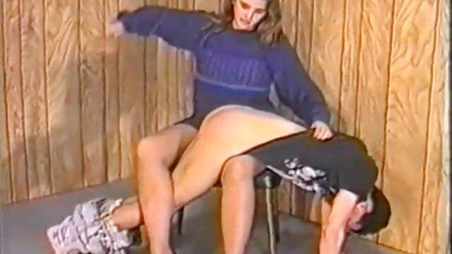 Enfermera MILF en videos de sexo con viejitas medias