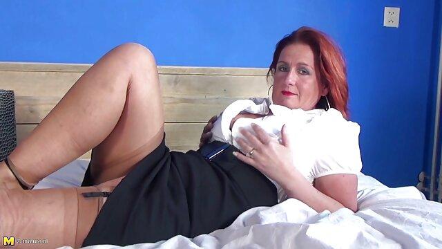Juguete amarillo videos de sexo de viejitas