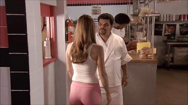 Dominicana bpumper folla su sexo gratis con viejitas enano gf 2