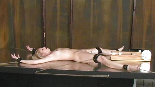 Vivienne videos pornos de mujeres viejitas en trío por snahbrandy