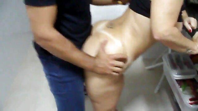 Pelirroja video xxx de viejitas se folla al culturista