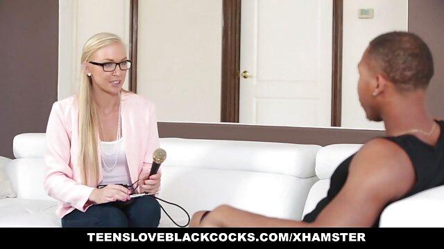 Natasha y Kylie lesbianas videos xxx gratis viejitas divertidas